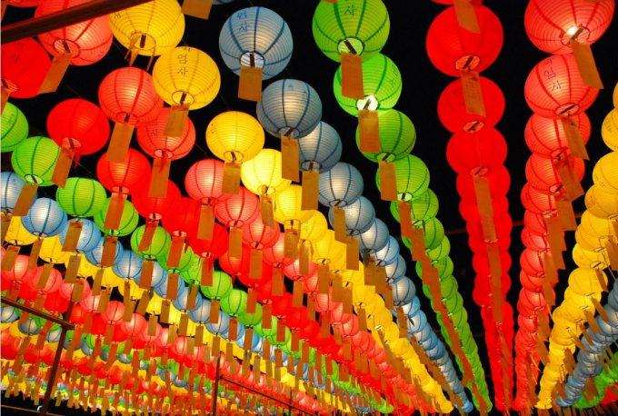 ユネスコ人類無形文化遺産「燃灯会・韓国の灯籠祭り(연등회)」